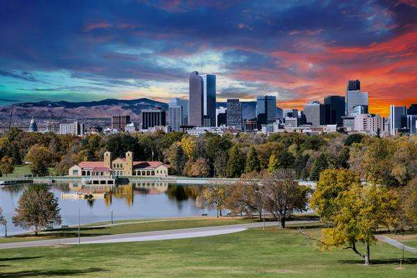 Fliegen Sie ab 2019 vom Wine Country nach Denver